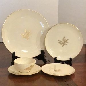 Lenox Wheat R-442 5 Piece Place Setting